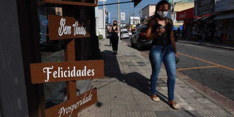 Região central de Vinhedo: cidade reduz número de mortes, mas ainda tem aumento no número de casos de Covid-19. Foto: Leandro Ferreira \ Hora Campinas
