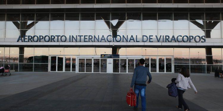 Prefeitos da RMC questionam valores das passagens cobradas em Viracopos. Fotos : Leandro Ferreira \ Hora Campinas