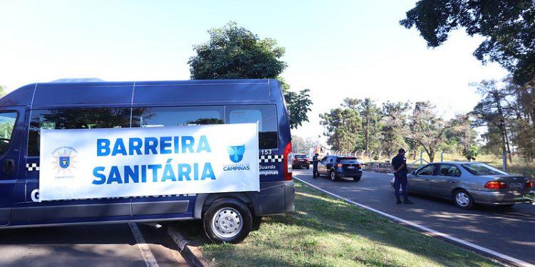 As barreiras sanitárias ajudaram a controlar a entrada de pessoas de outras cidades. Foto: Fernanda Sunega/PMC