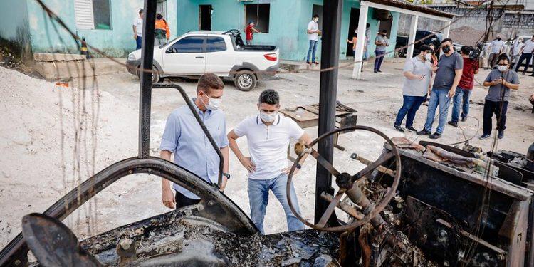 Após ataques, prefeitura inicia reconstrução do Distrito de Obras da zona Oeste. Foto: Osmar Neto/Seminf
