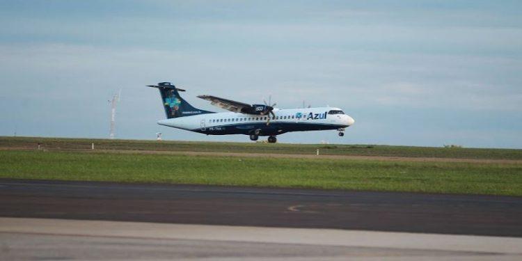 Avião da Azul pousa no Aeroporto de Viracopos - Foto: Leandro Ferreira/ Hora Campinas
