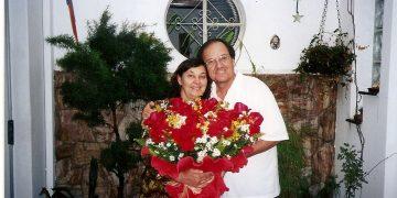 O casal Sonia e Luiz Lazinho: amor romântico que resiste aos desgastes do tempo por quase meio século - Fotos: arquivo pessoal