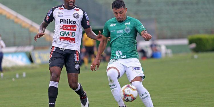Em Campinas, os time jogaram pela última vez no dia 8 de dezembro de 2020, e o Guarani saiu vitorioso pelo placar de 3 a 0 - Foto: Thomaz Marostegan/Guarani FC