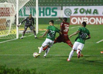 O Náutico venceu o Guarani por 2 a 1 no último confronto entre as equipes, no Brinco de Ouro da Princesa - Foto: David Oliveira/Guarani