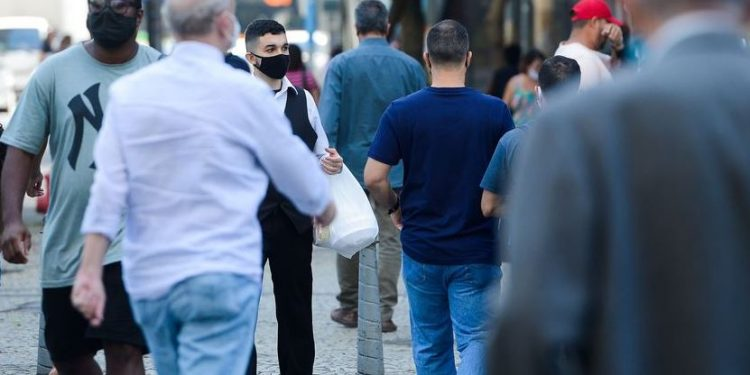 Levantamento do IBGE mostra que número de vagas abertas ainda é baixo - Foto: Tomaz Silva/Agência Brasil