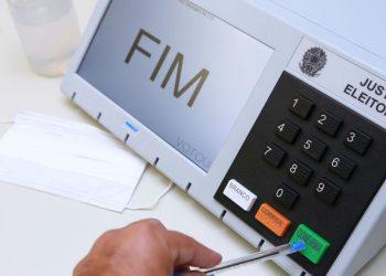 Urna eletrônica: Brasil ainda tenta equalizar as stuações relativas às eleições de 2020 Foto: Antonio Augusto/TSE