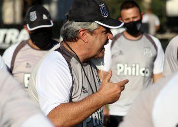 Gilson Kleina estará à beira do campo na partida deste domingo da Ponte Preta. Foto: Diego Almeida/Ponte Press