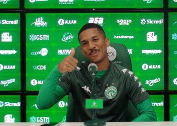 """""""Sinto que eu devo mostrar mais para o clube que me ajudou tanto"""", afirmou Davó. Foto: Depto de Comunicação/Guarani FC"""