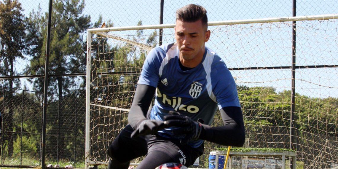 O nome do goleiro Ivan estava na pré-lista de 50 jogadores. Foto: Ponte Press/Diego Almeida