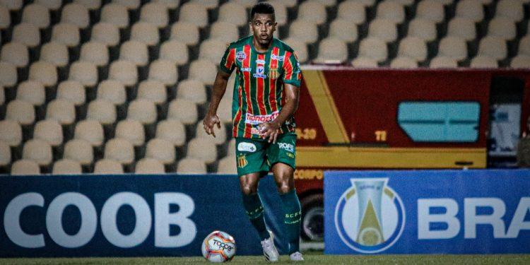 André Luiz deve chegar a Campinas na manhã desta sexta-feira (25). Foto: Ronald Felipe/SCFC