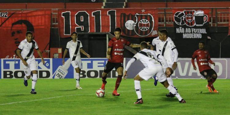 Os gols da partida saíram na segunda metade da etapa final. Foto: Volmer Perez/Divulgação