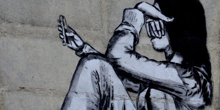Pesquisa mostra que meninas e jovens sofrem violência na internet e estudo será apresentado no seminário Conectadas e Seguras - Foto: Reprodução