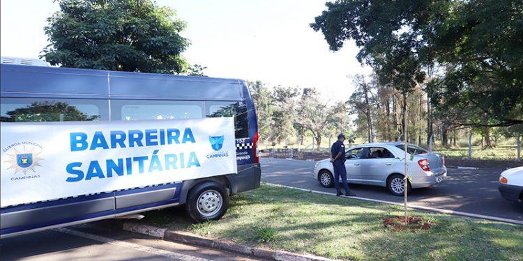 Barreira sanitária instalada em Campinas: tentativa de reduzir a circulação do vírus da Covid-19. Foto: Divulgação \ PMC