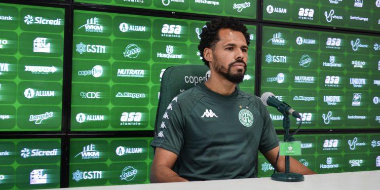 O meio-campista Bruno Silva, que superou críticas e hoje é um dos líderes no Guarani. Foto: GFC