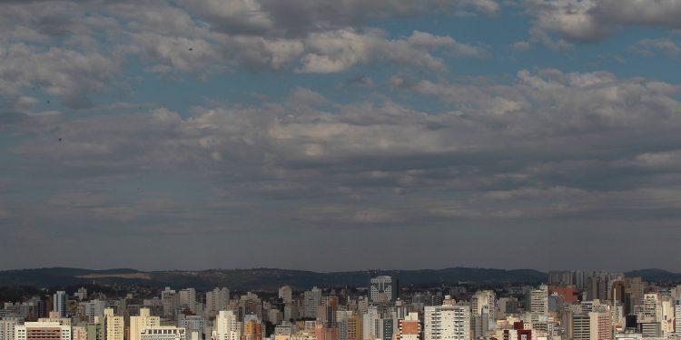 A cidade de Campinas é responsável por 28% dos casos e 32% dos óbitos da regional de saúde. Foto: Leandro Ferreira \ Hora Campinas