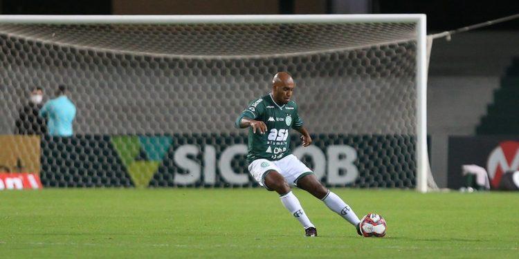Carlão foi titular do Guarani nas seis primeiras rodadas da Série B. Foto: Thomaz Marostegan/Guarani FC