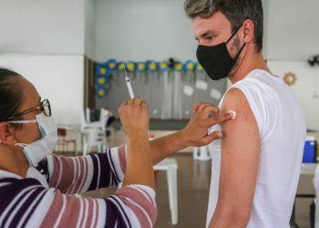A secretaria de Saúde prepara a aplicação de duas mil vacinas neste sábado. Foto: Divulgação