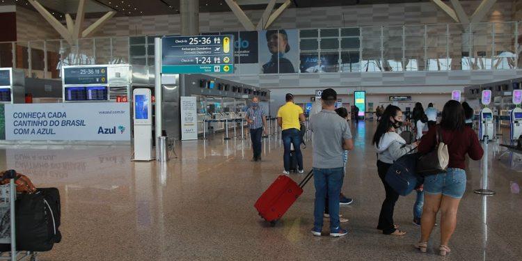 Os prefeitos querem que os passageiros que chegarem ao Brasil façam teste de antígeno. Foto: Leandro Ferreira/Hora Campinas