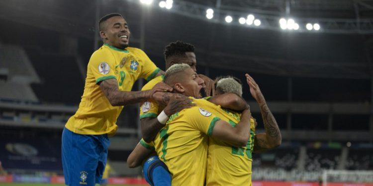 Com a vitória, os brasileiros terão o Peru cmo adversário na semifinal. Foto: CBF