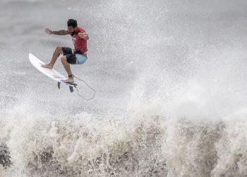 Ítalo Ferreira, ouro no surfe. Foto: COB