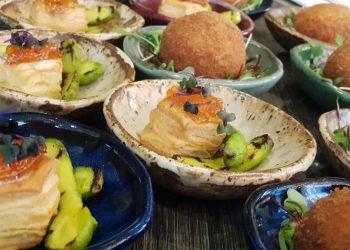 """Amati Bar, localizado no lobby do Royal Palm Tower Anhanguera: """"Wine Experience"""" com aperitivos acompanhados de vinhos e espumantes - Foto: Divulgação"""