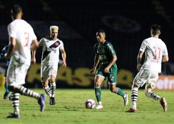 Davó se despediu do Guarani na goleada sofrida contra o Vasco- Fotos: Thomaz Marostegan/Guarani FC