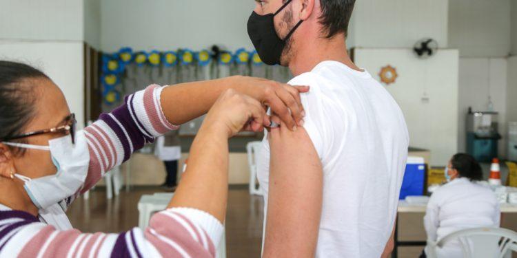 Vinhedo tem um dos mais altos índices de segundas doses aplicadas na população entre os municípios da região - Foto: Divulgação/Prefeitura de Vinhedo