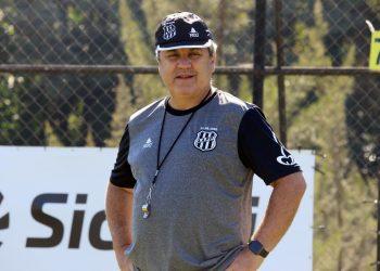 Gilson Kleina completará 200 jogos no comando da Ponte Preta, na noite desta sexta-feira (23) - Foto: Diego Almeida/Ponte Press