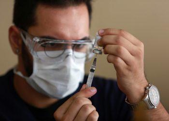 A vacina de gripe está disponível nos centros de saúde e não precisa de agendamento. Foto: Leandro Ferreira/Hora Campinas