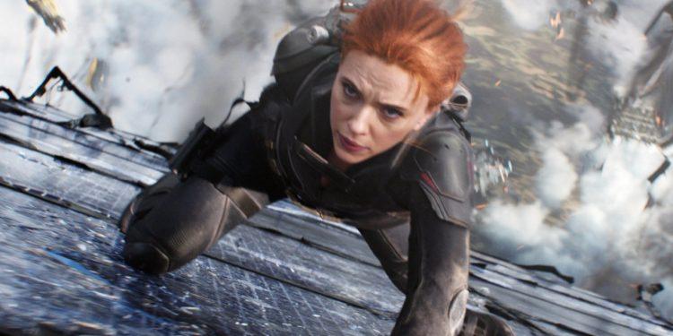 Scarlett Johansson como Natasha Romanoff: leveza nas coreografias e crises existenciais Fotos: Divulgação