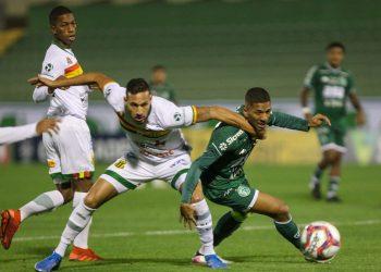 Resultado encerra a sequência de quatro vitórias do Bugre na Série B. Fotos: Thomaz Marostegan/Guarani FC