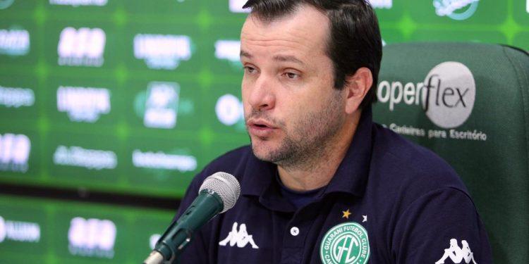Daniel Paulista destacou que, apesar do empate, o Guarani alcançou mais um jogo sem sofrer gol. Foto: Thomaz Marostegan/Guarani FC