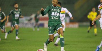 Davó retornou ao Bugre no início do ano e retomou o bom futebol. Foto: Thomaz Marostagen/Guarani FC
