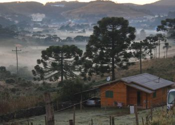 Santa Catarina terá frio intenso a partir deste domingo (18) até terça-feira, com chance de chuva congelada ou neve em áreas altas Foto: Marleno Muniz Farias/Governo de Urupema/SC