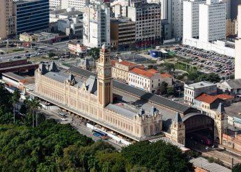 Icônico prédio no complexo da Luz, em São Paulo: acesso ao público seguirá as restrições das medidas de prevenção contra a Covid-19 Foto: Ana Mello/Divulgação