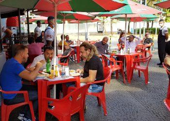 O limite de horário de funcionamento de comércios, serviços em geral e espaços religiosos passa de 23h para 0h. Foto: Leandro Ferreira / Hora Campinas