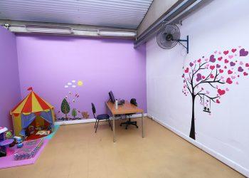 Sala Guarda Amigo da Mulher, que visa dar proteção a vítimas de violência doméstica. Foto: Fernanda Sunega/PMC