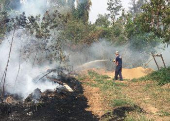 As queimadas levam perigo a bairros de Vinhedo. Foto: Divulgação