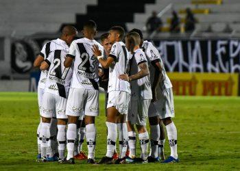A Ponte Preta conquistou a primeira vitória apenas na oitava rodada do campeonato. Fotos: Ponte Press/Álvaro Jr.