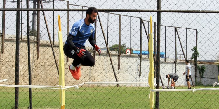 Goleiro Ygor Vinhas inicia a semana de preparação para o Dérbi de sexta-feira (17). Fotos: DiegoAlmeida/Ponte Press