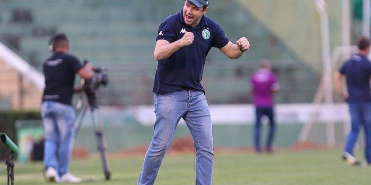 Daniel Paulista comemora vitória do Guarani sobre o Remo. Foto: Thomaz Marostegan/Guarani FC