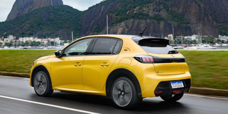 O modelo elétrico da Peugeot deve custar a partir de R$ 224,5 mil no Brasil. Foto: Divulgação