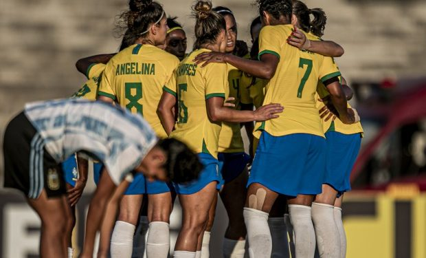 Selelão Brasileira passou sem grandes dificuldades pela Argentina. Foto Divulgação / CBF