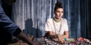 A diretora criativa italiana Giovanna Engelbert compõe a lista de convidados do evento de moda - Fotos: Divulgação