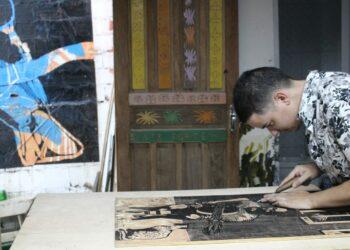 Fernando Melo, um dos artistas que compõem a mostra no Sesi Amoreiras - Foto: Jailton Leal/Divulgação