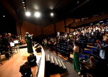 Para marcar o retorno do público, o repertório trouxe clássicos da Broadway Foto: Carlos Bassan/PMC/Divulgação