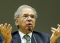 O ministro da economia, Paulo Guedes, fala à imprensa no auditório do Ministério da Economia: abrindo mão dos fundamentos econômicos Foto: Wilson Dias/Agência Brasil