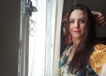 Bárbara é formada em Jornalismo pela PUC-Campinas e mãe de dois meninos. Fotos: Divulgação