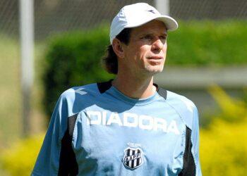 Como técnico, Sérgio Guedes soma duas passagens pela Ponte Preta, em 2008 e 2010. Foto: Divulgação