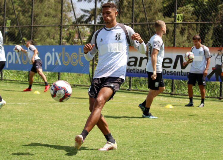 Rafael Santos treinou normalmente na reapresentação do elenco da Ponte  Preta na última terça-feira (26), no CT Jardim Eulina. Foto: Diego Almeida/Ponte Press